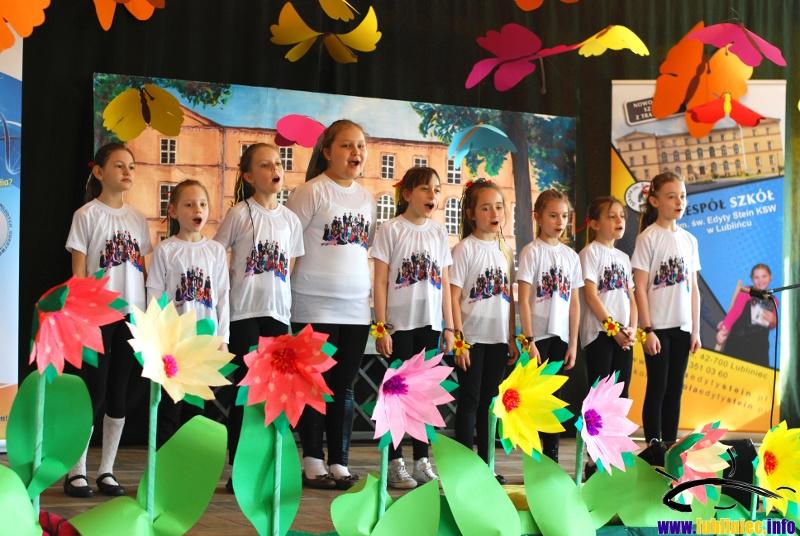 XVII Powiatowy Festiwal Piosenki Religijnej dla Przedszkolaków