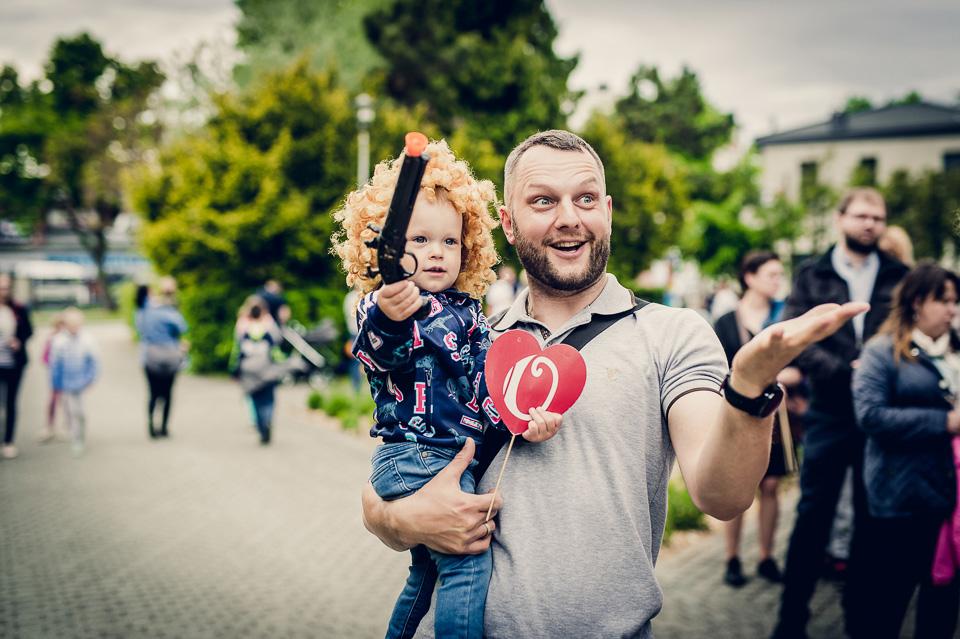 Radość, zdjęcia i cukrowa wata - Dzień Dziecka z MDK