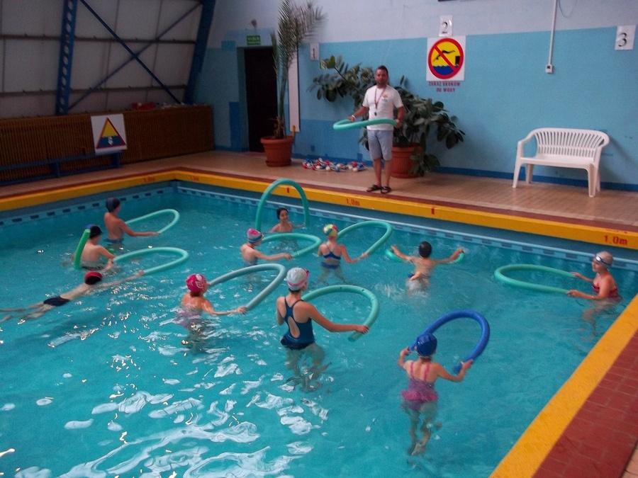 Nauka pływania dla początkujących dzieci